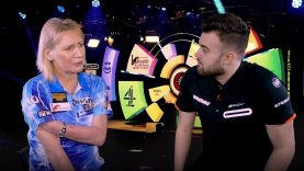 Trina Gulliver | Speeds into the Semi Finals after a 2-0 victory over Aileen de Graaf